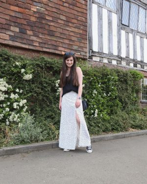 Five Reasons Why You Need A Maxi Skirt